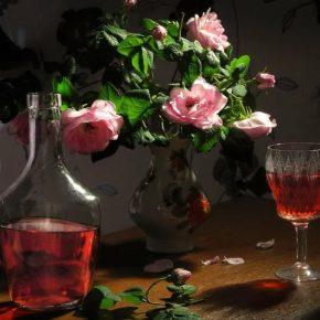 Ликер из чайной розы: 4 рецепта в домашних условиях